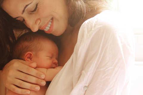 dicas de como acalmar o bebê nos três primeiros meses de vida