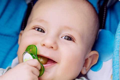 Qual o problema da chupeta? | Blog Infanti