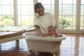 Cuidados com o bebê na hora do banho 3 | Blog Infanti