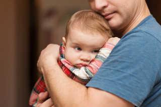 Pais também sofrem de melancolia pós-parto | Blog Infanti